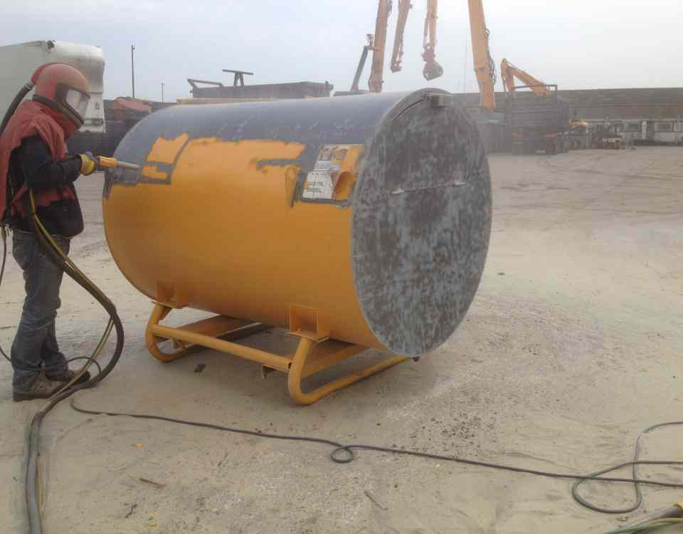 Mobile Fuel Tank Sandblasting / Shot Blasting Services Warrington, Cheshire